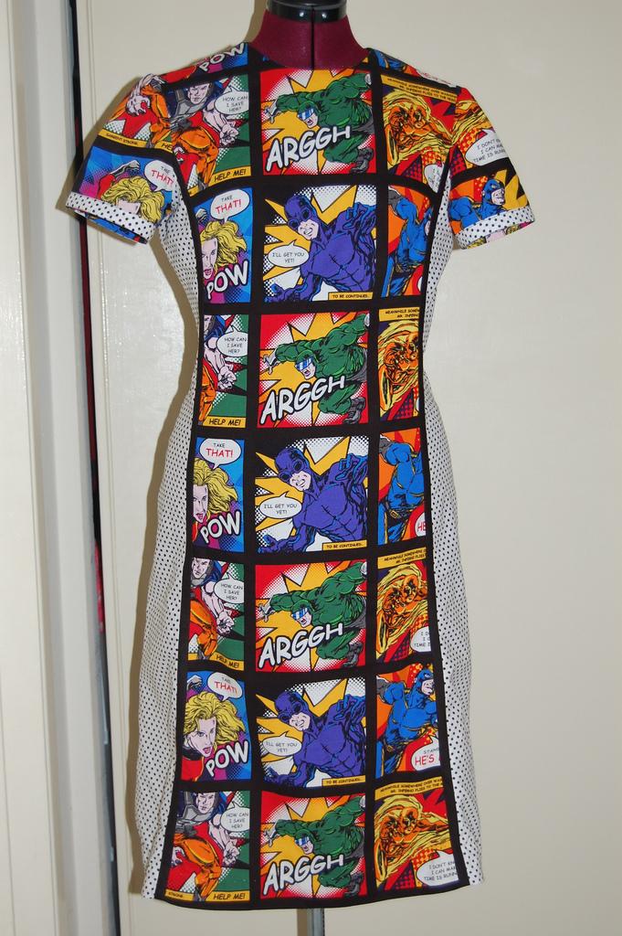 comics dress